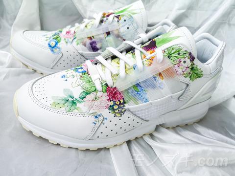 adidas×マイセン ZX10000 花柄