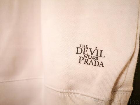 ユニクロ×プラダを着た悪魔 印字